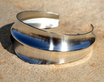 Modern Double Anticlastic Sterling Silver Cuff Bracelet with Tapered and Chic Mirror Finish - BR7328