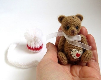 Miniature / Thread Artist / Crochet teddy bear / Crochet bear / Knit bear toy / Handmade gift