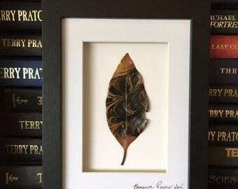 Hand Marbled Leaf,Leaf,Herbarium,Leaf Art,Real Plant Art,Botanical Art,Nature Lover,Minimalist Decor,Wunderkammer,Shelf Art,Garden Gift,Tree