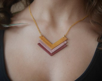 chevron necklace gold pink and plum