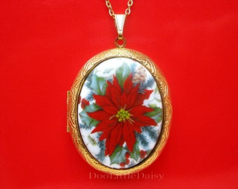Beautiful Porcelain POINSETTIA with Holly & Berries Cameo on a Goldtone Locket Necklace Pendant with 24 Inch Chain for Christmas Gift