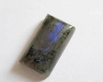 Labradorite - ref63201 - undrilled - 22x13x8mm (blue green gold highlights)