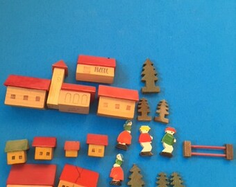 Miniature Wooden Village Church People Trees Fence Buildings Red Green Italy