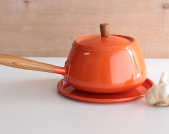70's Vintage Fondue Pot and Plate - Made in Japan