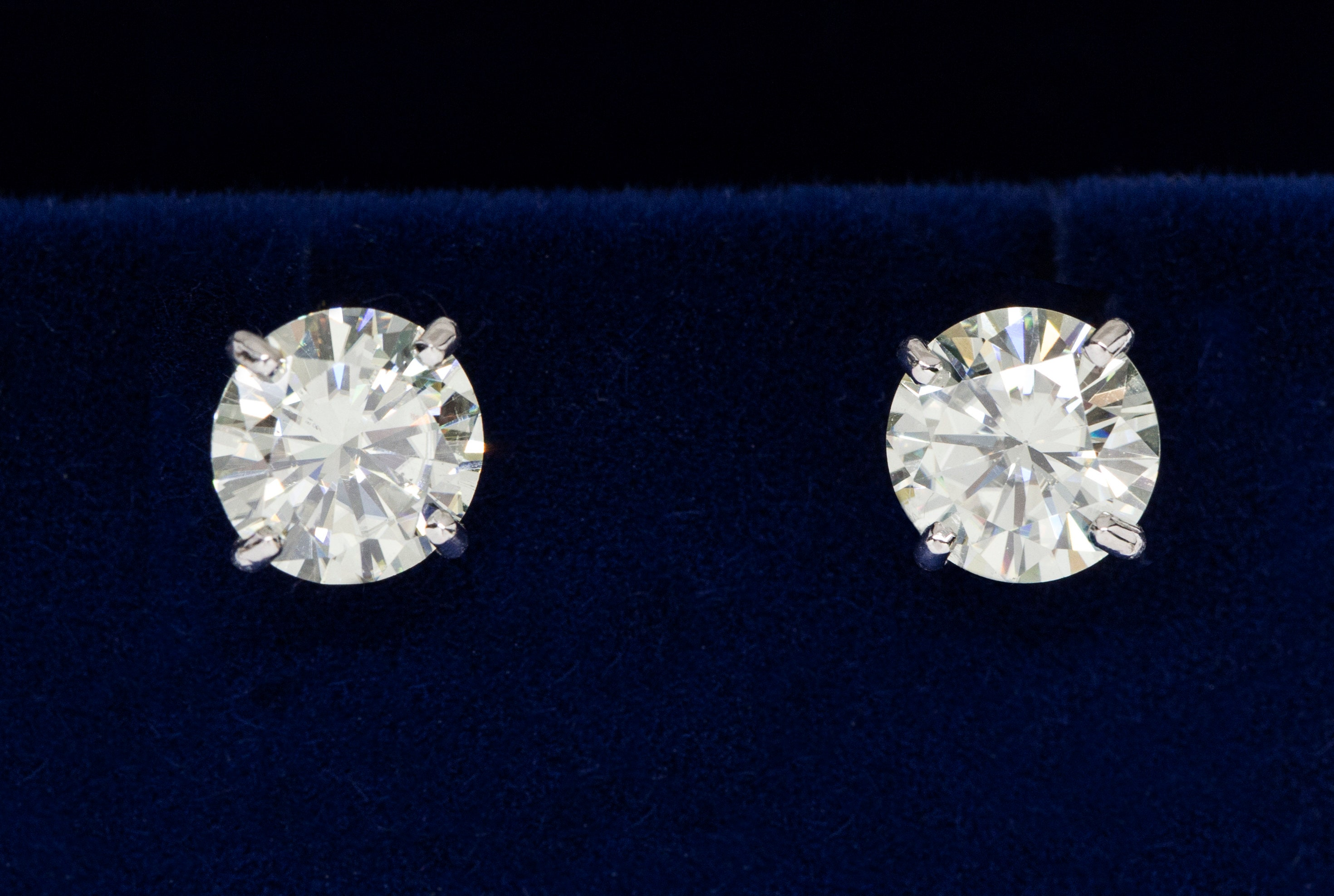 topic my new earrings moissanite