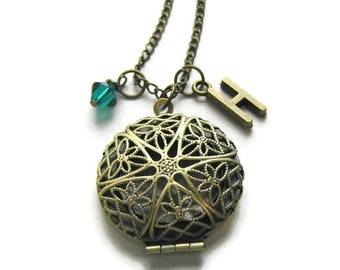 Antique Bronze Locket, Bridesmaid Locket,Locket For Mom, Locket For Gramma, Locket For Friends, Birthstone Necklace, Personalized