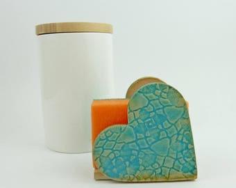 sponge holder, sink organizer, blue ceramic sponge holder, kitchen utensil holder
