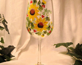 Sunflower wine glass for Mom, Aunt, Grandma, Sister, Godmother, free shipping