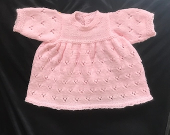 Delicate  HAND KNIT  dress,  Adorable pink newborn dress with design