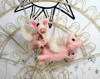 Needle felted pig ornament, when pigs fly ornament, perfect for pig lovers  Curly Furr ornament, miniature pink when pigs fly heart