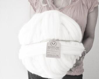 "Manuosh Massive ""Cloud"" Super Chunky Merino Wool Yarn - 140 yards"