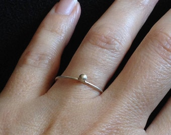 Stacking Dot Ring, Sterling Silver Dot Ring, dot bead ring, Silver Dot stacking ring, Dot Bead Ring, Skinny Ring, Minimalist Ring, Midi Ring