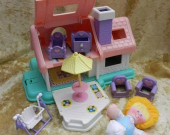 Vintage toys smooshees smooshies house girl and furniture Really rare