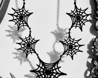 Spiderwebs Necklace