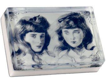 Victorian Sisters 4 oz. bath bar