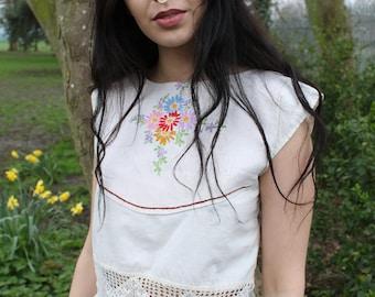 Crop Top, Vintage, Floral, Boho, Embroidered Blouse, Crochet Top, Boho Clothing, Blouse, Linen Blouse, Bridal Top, Peasant Blouse, Lace Top