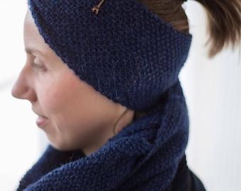Navyblue twist headband