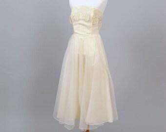 1960 Strapless Vintage Wedding Dress