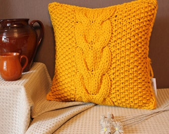 Chunky cable knit pillow cover. Handmade.