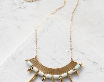 Bianca collier, collier Long Bohème, Gipsy, perles pendentif, collier, collier Pastel, collier en or