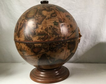 Vintage table top bar Italian globe from the 1970s