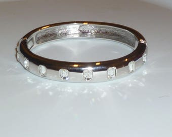 Vintage Joan Rivers Silver and clear crystal bangle bracelet