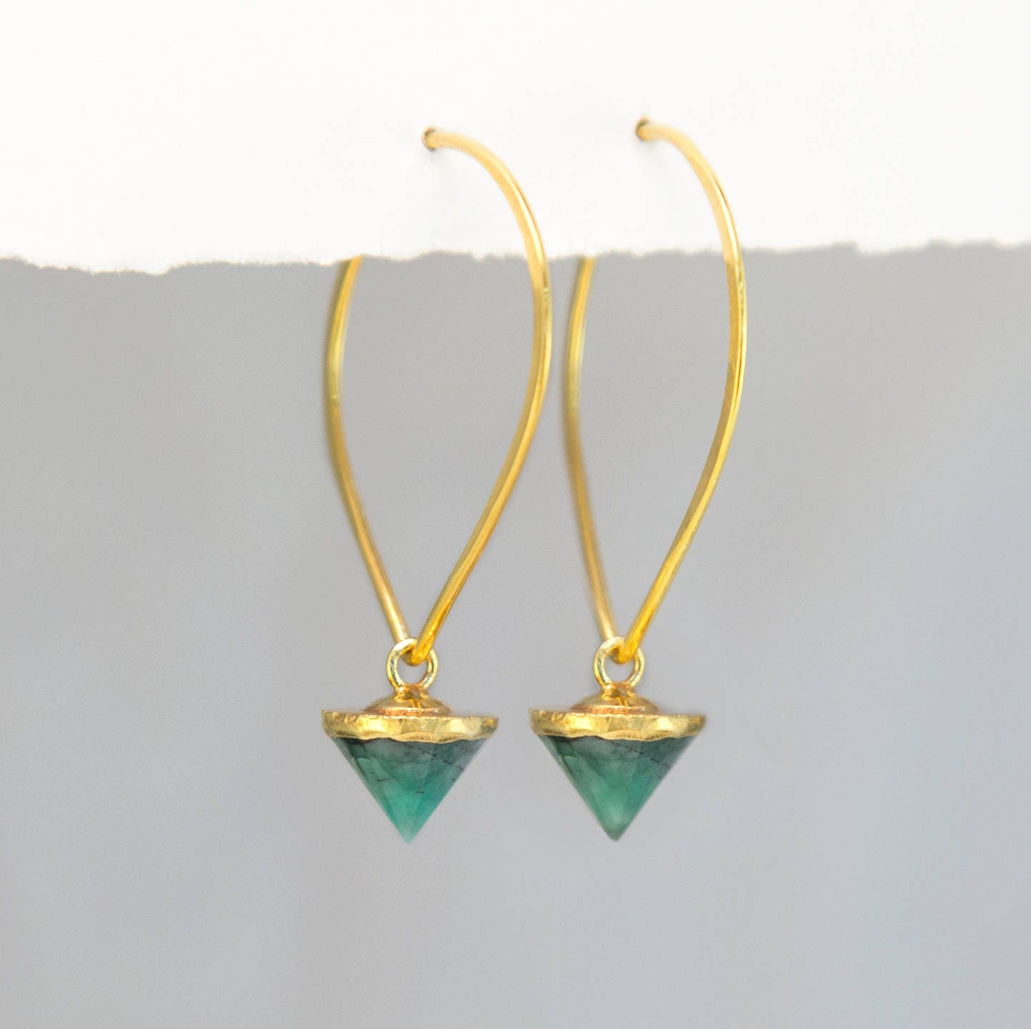 carat natural green unheated emerald certified earrings zambia grs diamond
