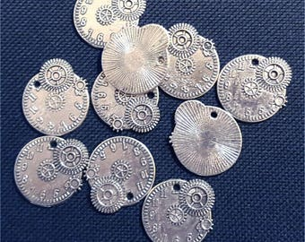 10pcs steampunk watches, COGS, gears, parts of watches #2545 silver charm pendant