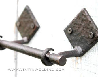 Reduced READY TO Ship Hand Forged Iron 3 Piece Toilet Paper Holder with Diamond Base, and Hammered Finish by VinTin (Item # TP-501)