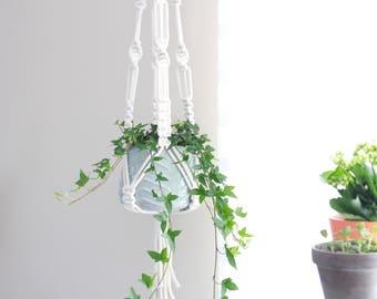 Macrame Plant Holder / Macrame Plant Hanger / Plant Hanging / Makramee / Macrame Pot Holder / Macrame Wall Hanging