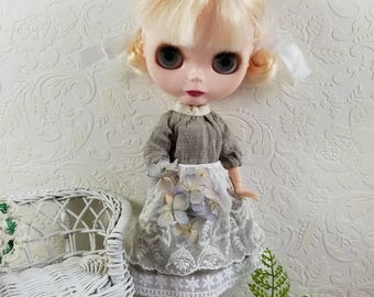 Shabby pretty Lacy Linen Apron for Blythe Doll- Upcycled Lace Linen Handkerchief, White Linen