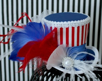 4th of July Mini Top Hat, Red White and Blue Headband, 4th of July Hair Accessories, Red White and Blue Hat, Patriotic Hat, Women Fascinator
