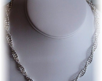 Chain Maille Continuous Twist Necklace