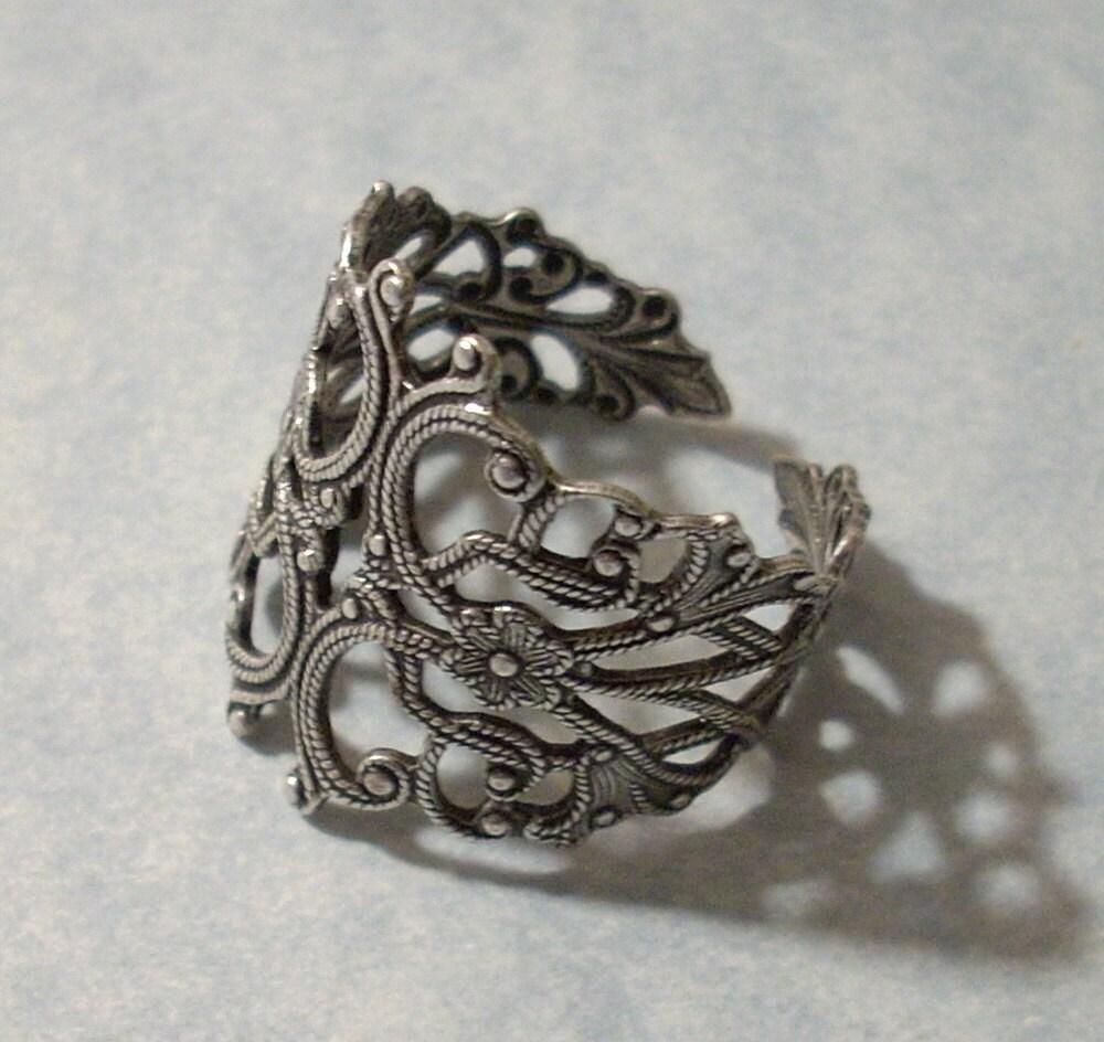 adjustable silver filigree ring silver ring. Black Bedroom Furniture Sets. Home Design Ideas