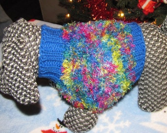 Dog Sweater Size small.Spring colors