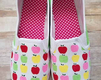 Apple Pattern Painted Shoes