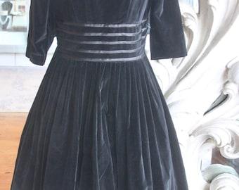 Vintage 1950s Black Velveteen Shirtwaist Dress with Full Skirt