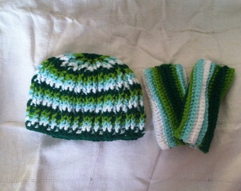 Colors of Green Wrist Warmer and Ribbed Hat Set