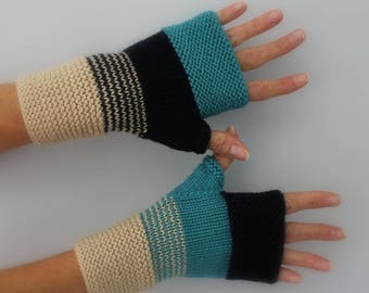 turquoise, Navy and beige stone hand-knitted wool mittens