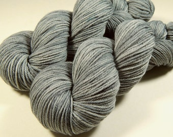 Hand Dyed Yarn, Worsted Weight Superwash Merino Wool - Silver Lining - Indie Dyed Grey Gray Tonal Knitting Yarn, Ready to Ship