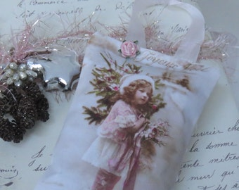 French Inspired Lavender Gift Sachet, with Lace, FREE USA SHIPPING, French inspired, Shabby Vintage Pink and White