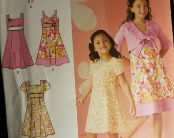 Simplicity 2683 uncut pattern sizes 3,4,5 and 6