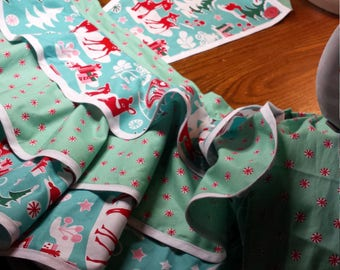 full apron, Christmas, holiday,retro,vintage, festive,