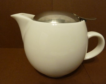 Single Serve Teapot, by: BeeHouse Ceramic, w / removable stainless steel diffuser