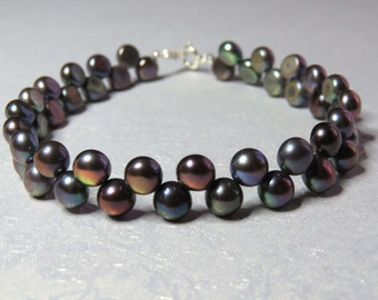 Dancing Freshwater Pearls. Luxurious Pearl Bracelet With Sterling Silver Clasp.