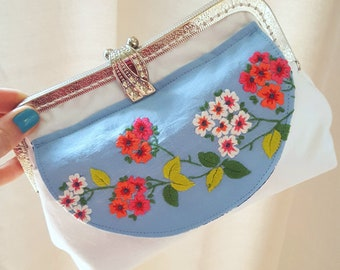 Floral Clutch Bag ~ Metal Frame Purse ~ Upcycled Vintage Linen Purse ~ Blue Floral Bag ~ Evening Clutch ~ Vintage Clutch Purse ~ HB004