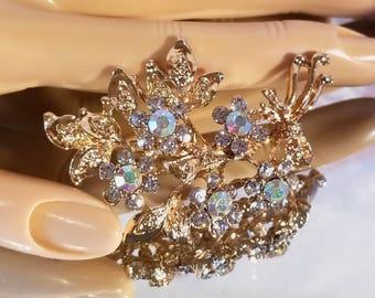 Aurora Borealis Glass Rhinestones Gold Tone Floral Brooch Pin  Vintage Retro   1980's
