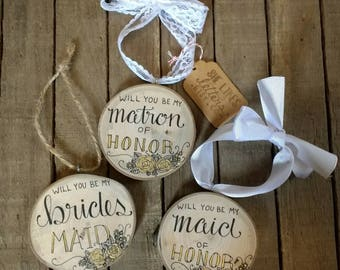 Will You Be My Bridesmaid Christmas Tree Ornament / Rustic Wedding Attendant Gift Black & Gold / Maid of Honour Matron of Honor Flower Girl