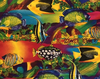 Cotton Fabric / Fish Fabric / Colorful Fish Fabric / Ocean Fabric / Tropical Fish Fabric / Beach Fabric / Shamash and Sons Inc.