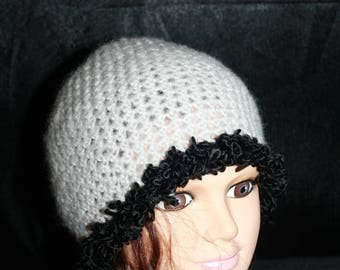 simple and lightweight hat